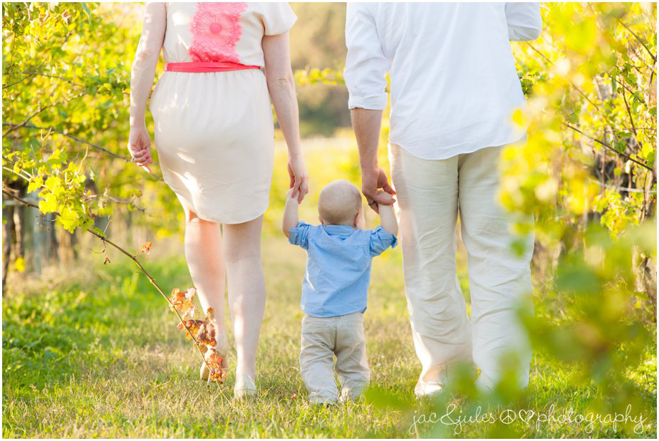 Family walking through the vineyards at Laurita Winery in NJ photographed by JacnJules