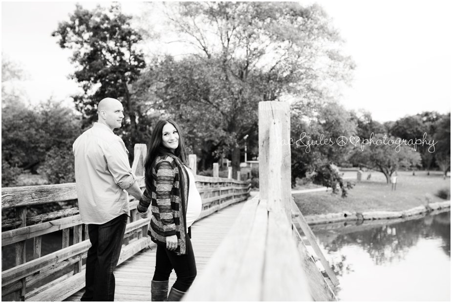 Black and white of an expecting couple photographed in Spring Lake, NJ by JacnJules