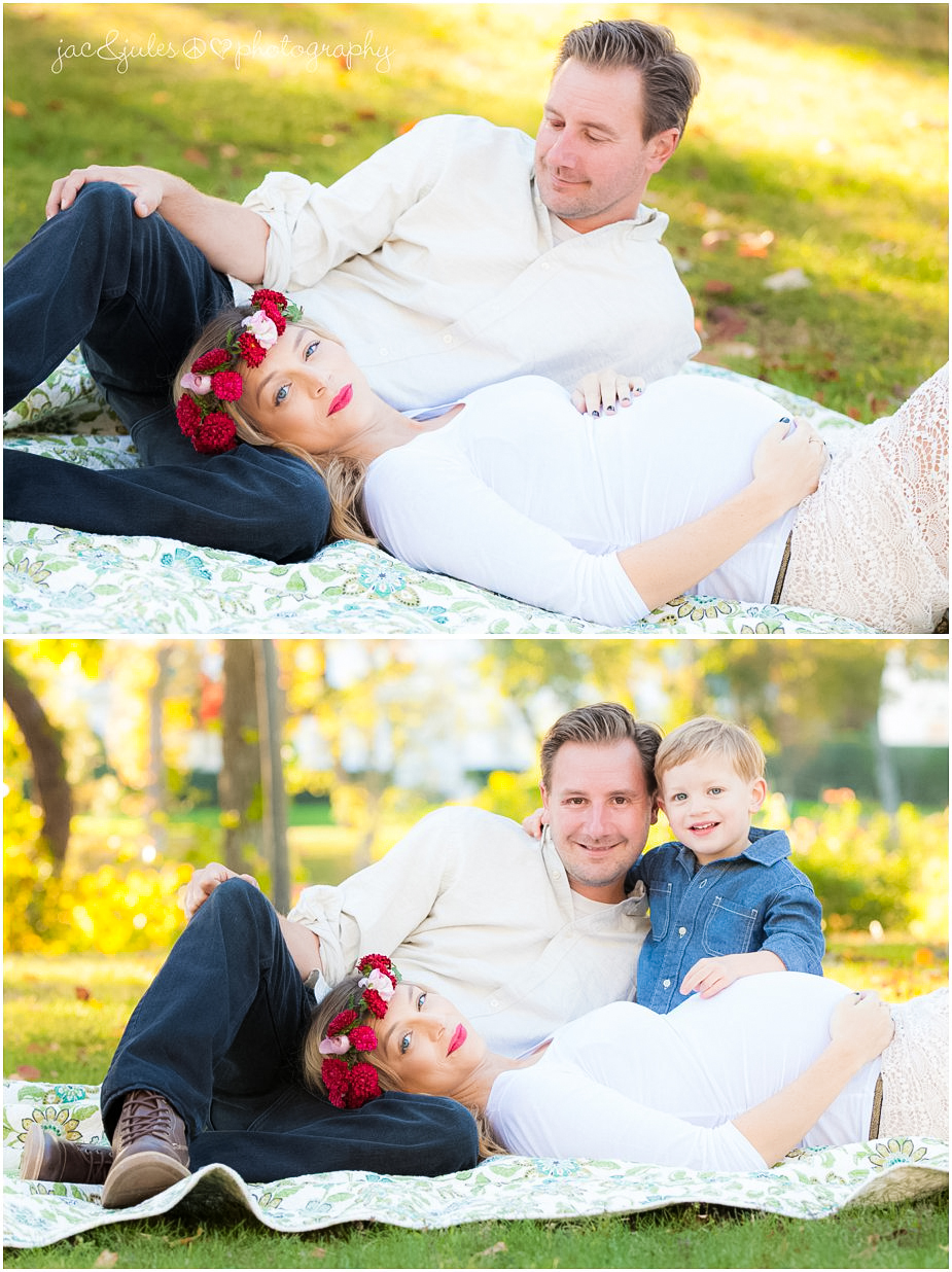 Modern family maternity photo cozy on blankets taken at Spring Lake in NJ by JacnJules