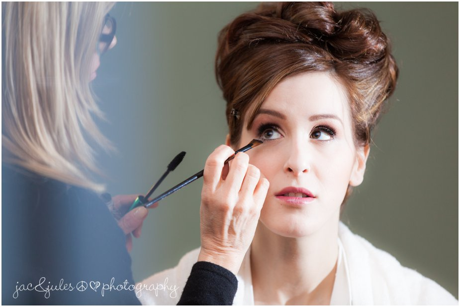 jacnjules photographs the bride getting ready at her home in franklin lakes nj before her wedding at ninety acres