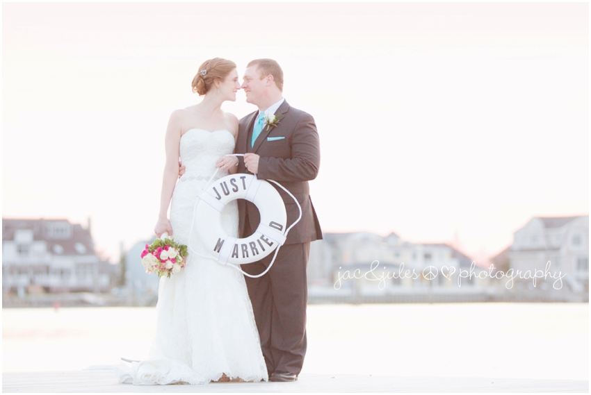 jacnjules photographs a bride and groom at the channel club in monmouth beach