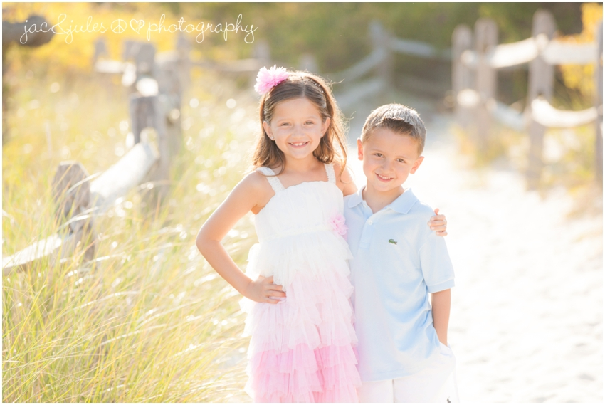 nj family beach photographer, jacnjules, photographs children at island beach state park