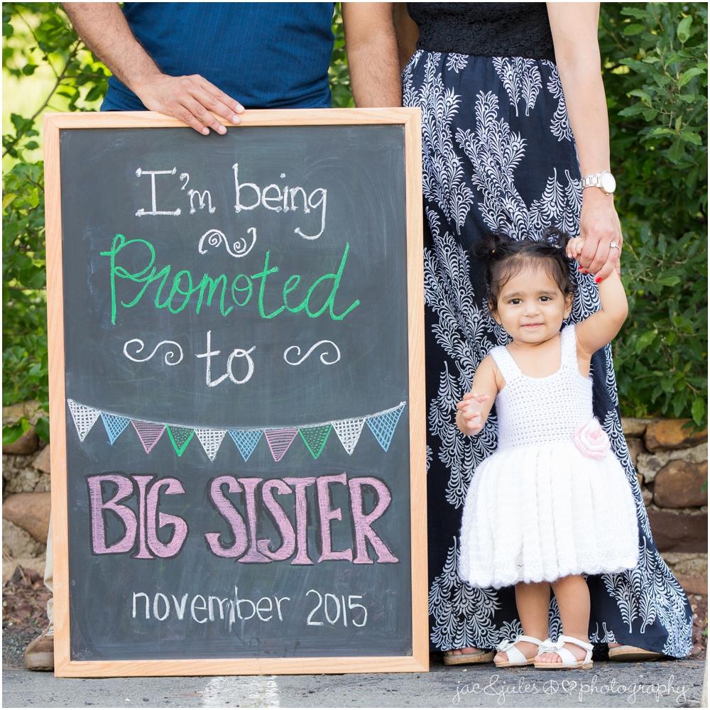 jacnjules photographs a pregnancy announcement in princeton nj