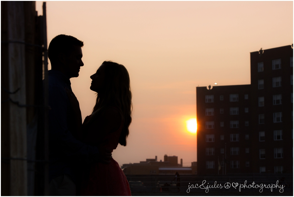 asbury-park-engagement-photos-26.jpg