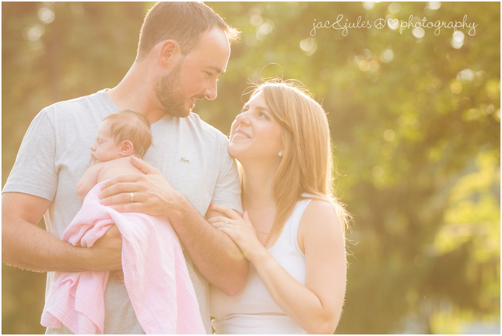 jacnjules photographs a newborn and her family in their home in Roxbury NJ