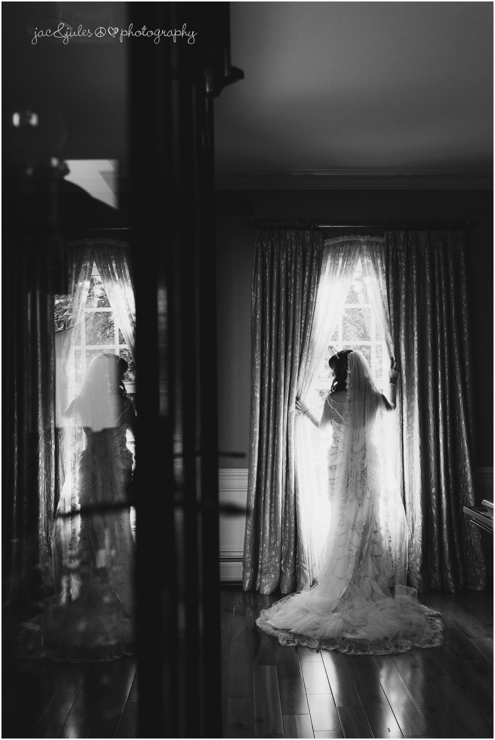 jacnjules photographs a bride in her home in franklin lakes nj