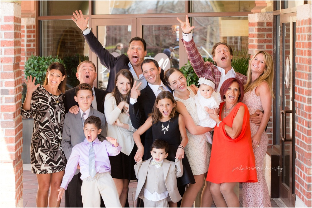 crazy fun extended family photo