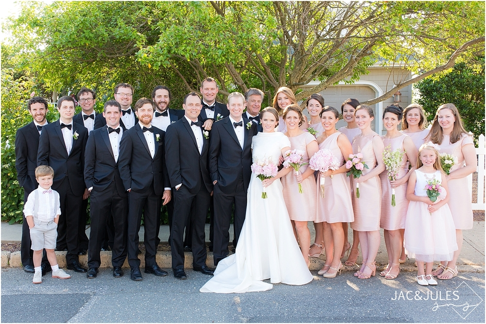 jacnjules photograph bridal party at mantoloking yacht club