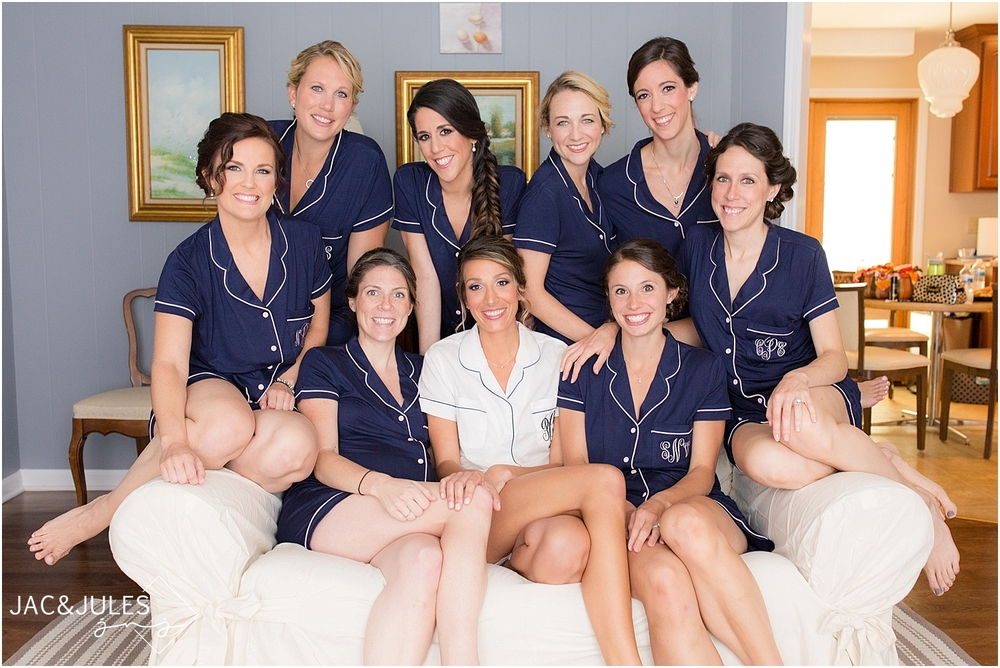 jacnjules photographs fun bridal party in pajamas in lebanon nj
