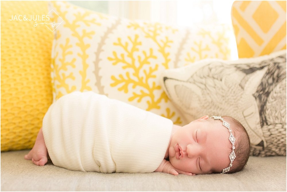 jacnjules photographs newborn baby girl in her home in Middletown, NJ
