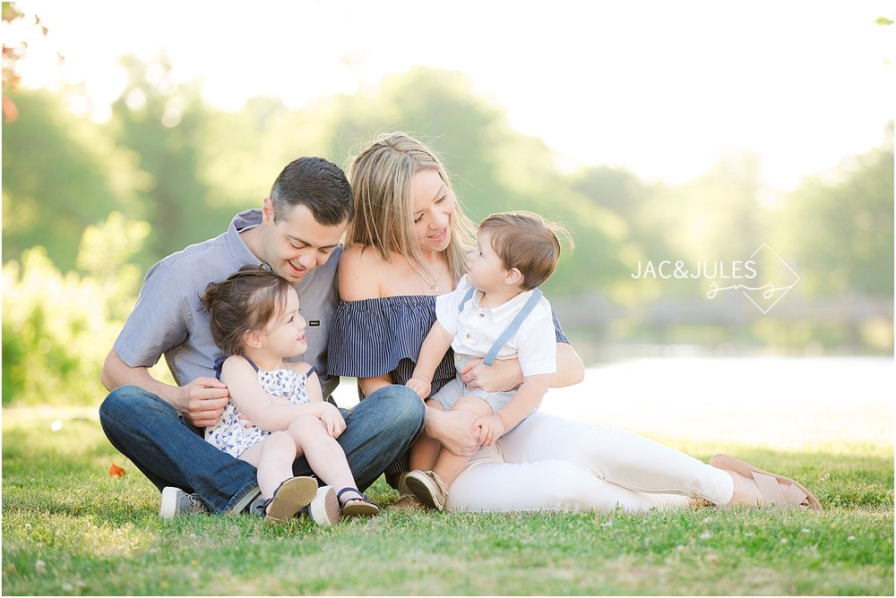 Spring Lake family photo at Divine Park using natural light by jacnjules