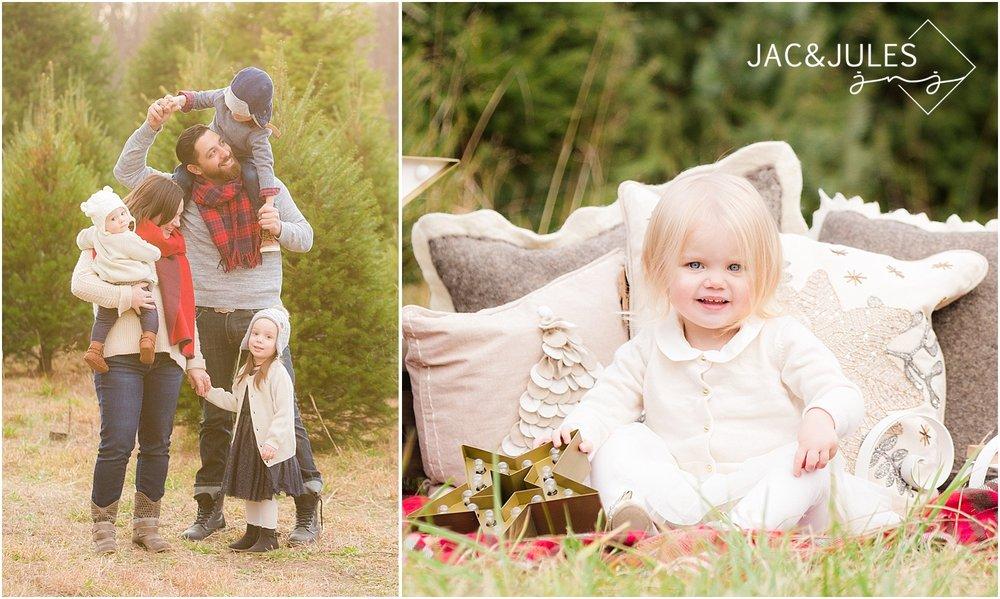 nj-modern-family-christmas-photo.jpg