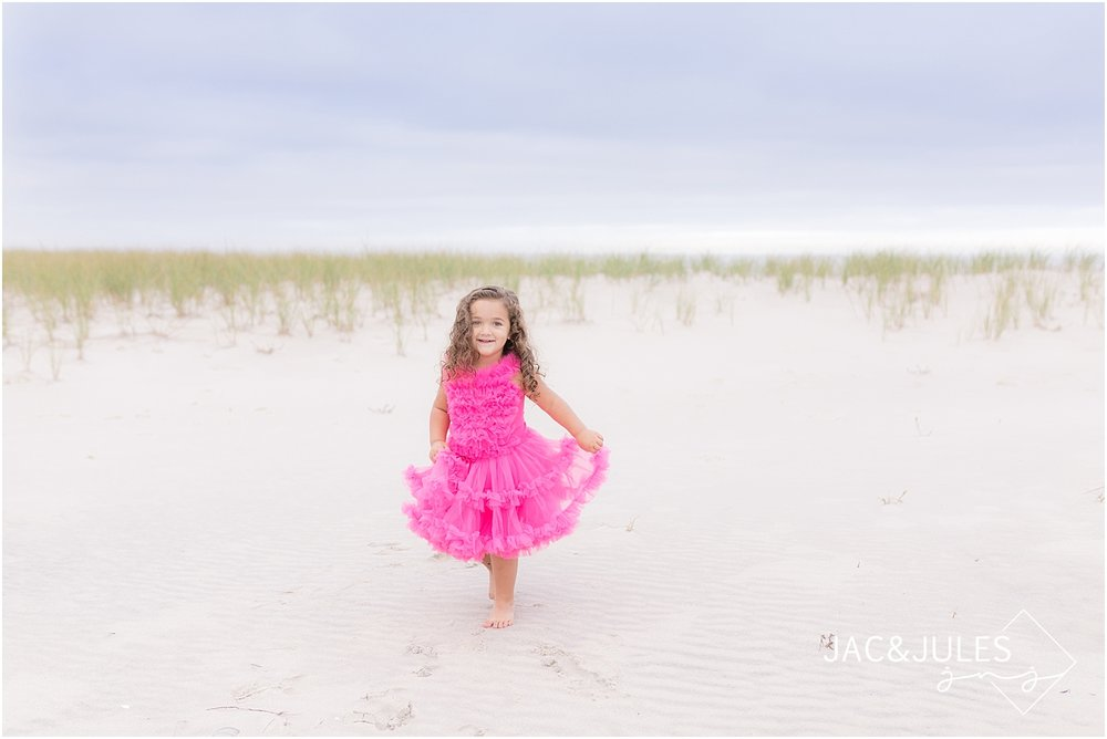 children beach portraits in ocean county nj