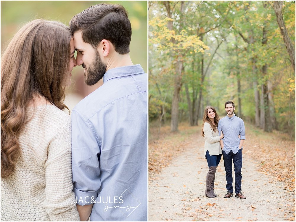 fall engagement pictures at allaire state park