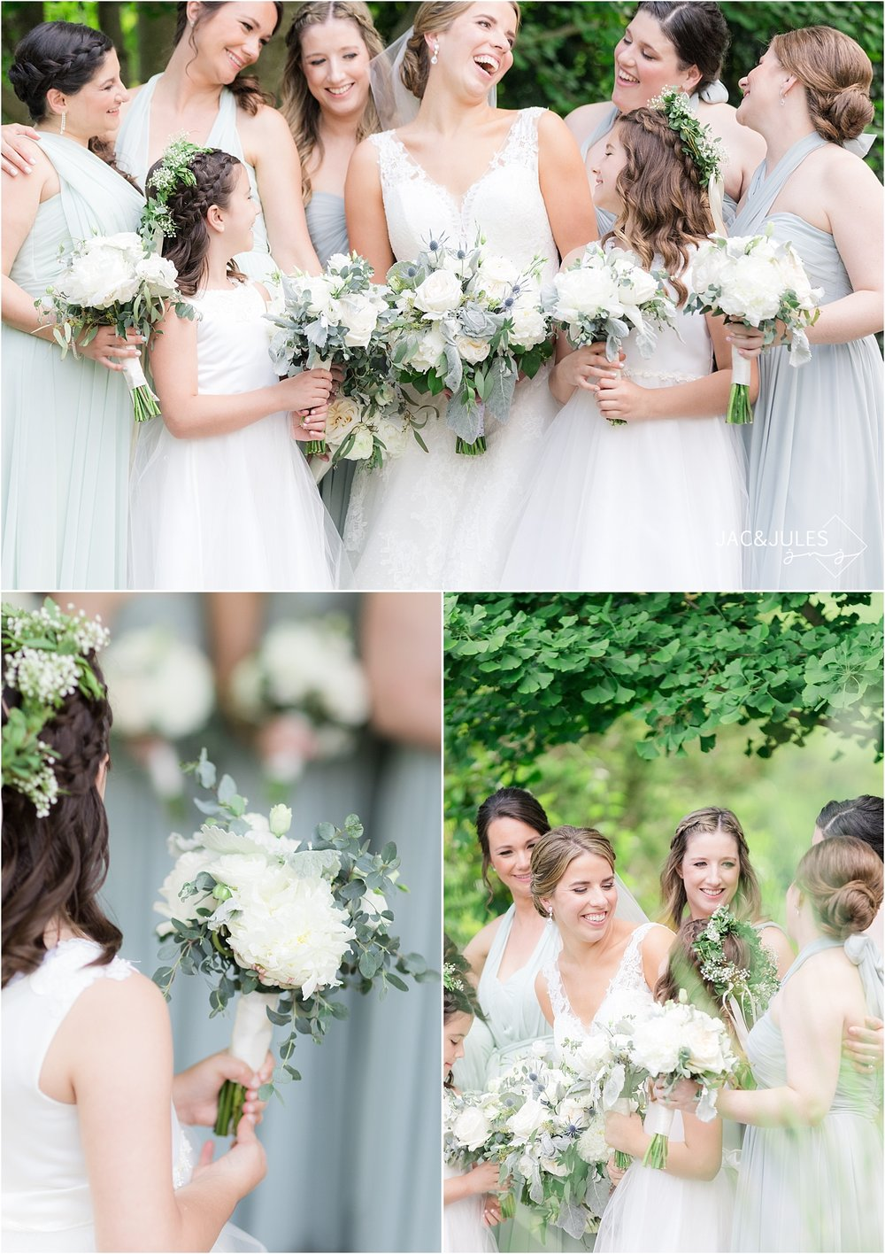 bride and bridesmaids in mint dresses at deep cut gardens