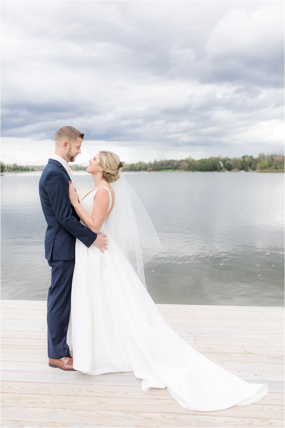 romantic bride and groom portrait in Sleepy Hollow NY