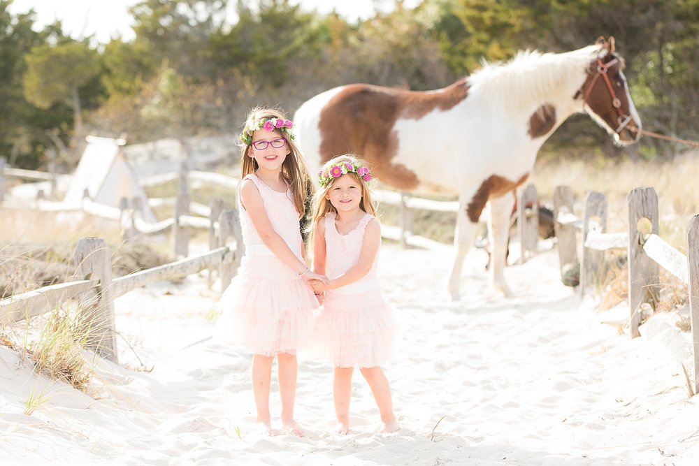 NJ Equestrian photographer with children and family on the beach