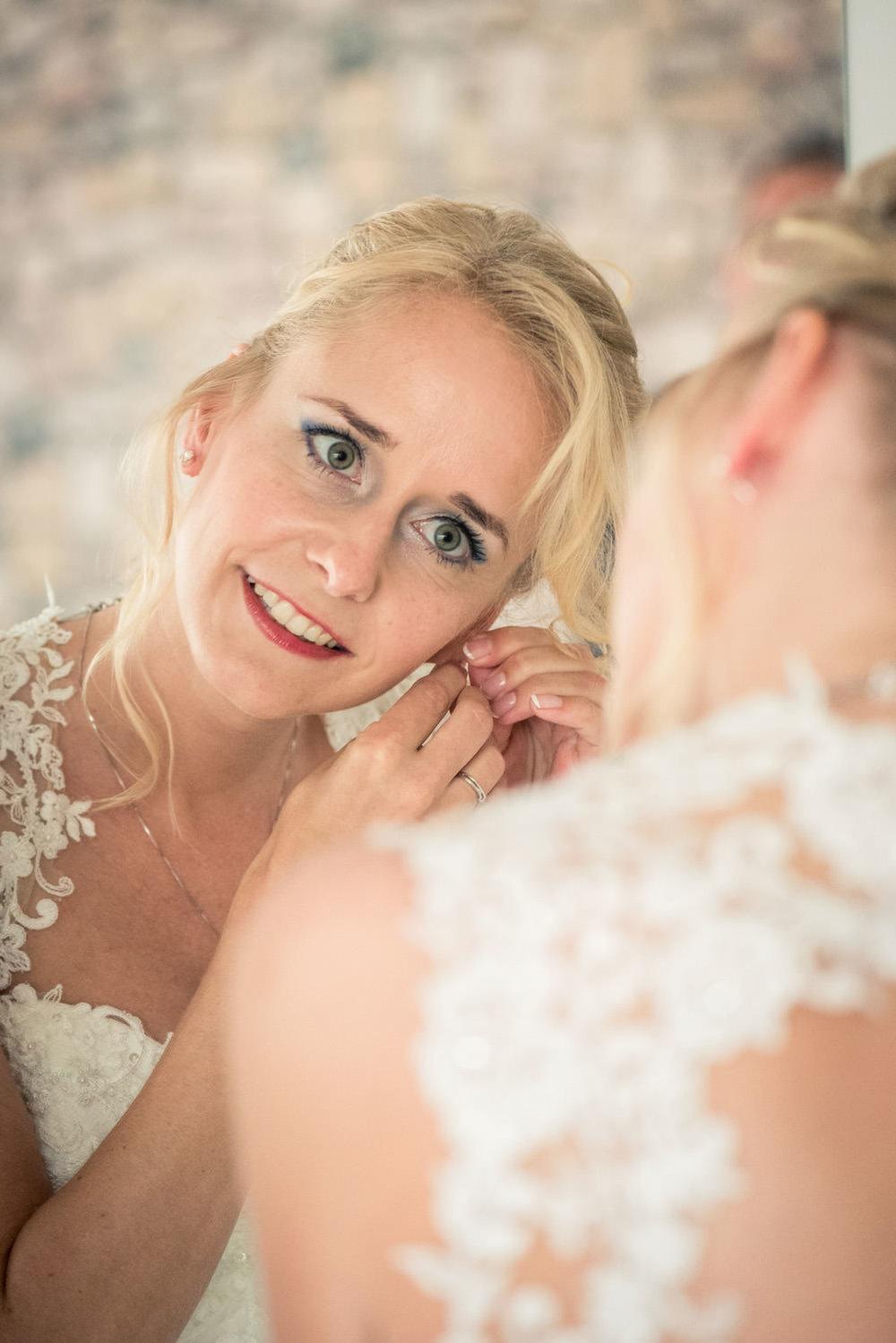 getting ready bruid in Breda
