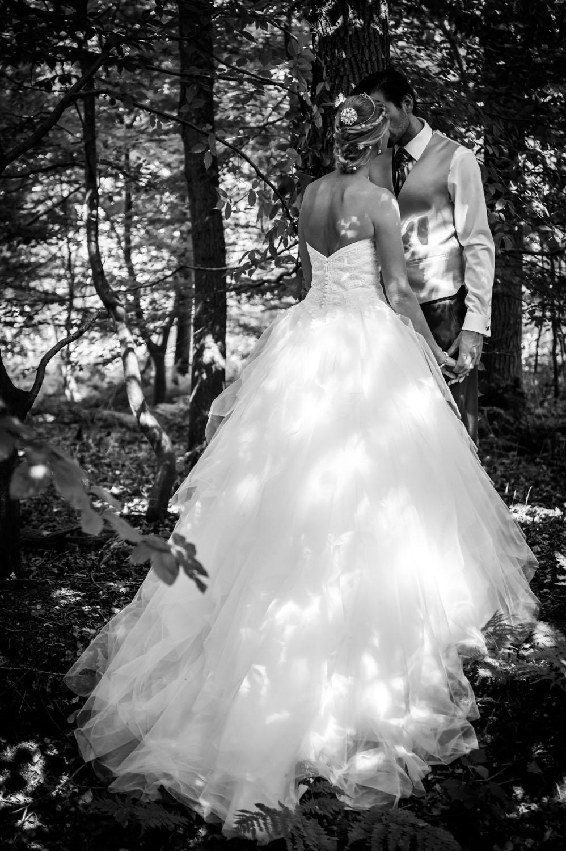 Copy of in het Liesbosch bruidsreportage met bruidspaar