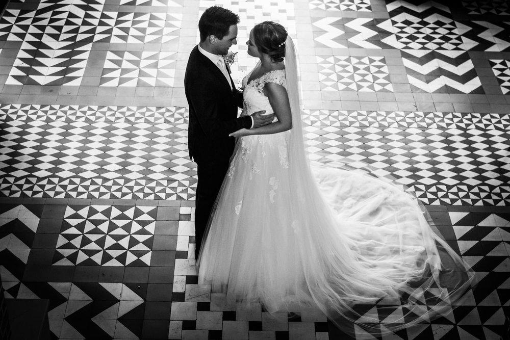 zwart-wit-trouwfotograaf-cfoto-bovendonk.jpg