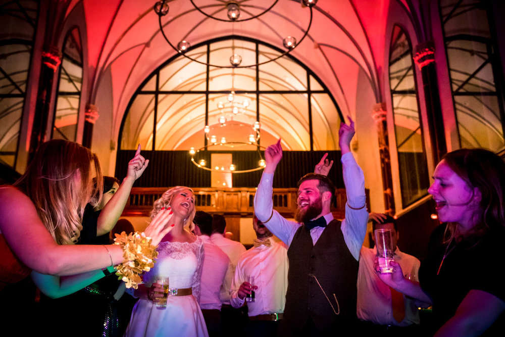 Cfoto-bruidsfotograaf-hotel-Nassau-Breda-009.jpg