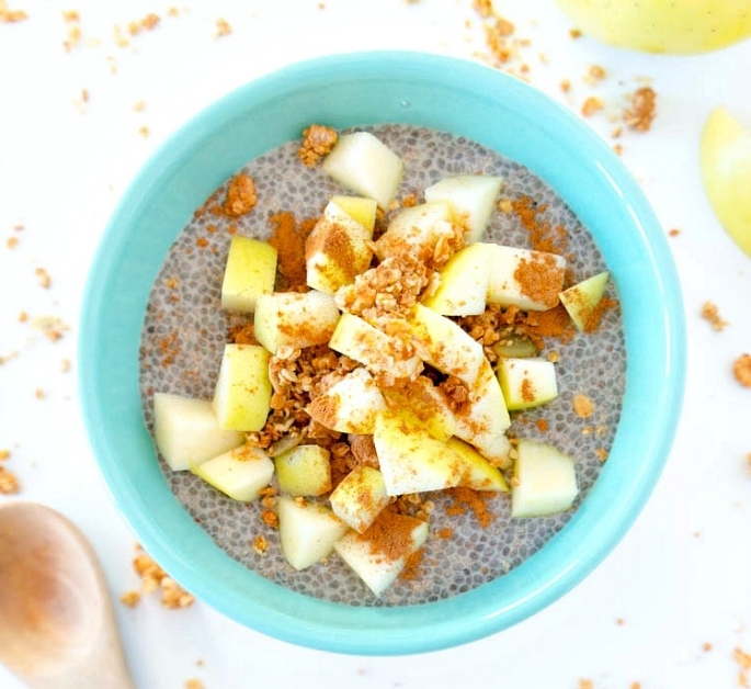 Recipe:  https://www.theglowingfridge.com/apple-pie-chia-seed-pudding/