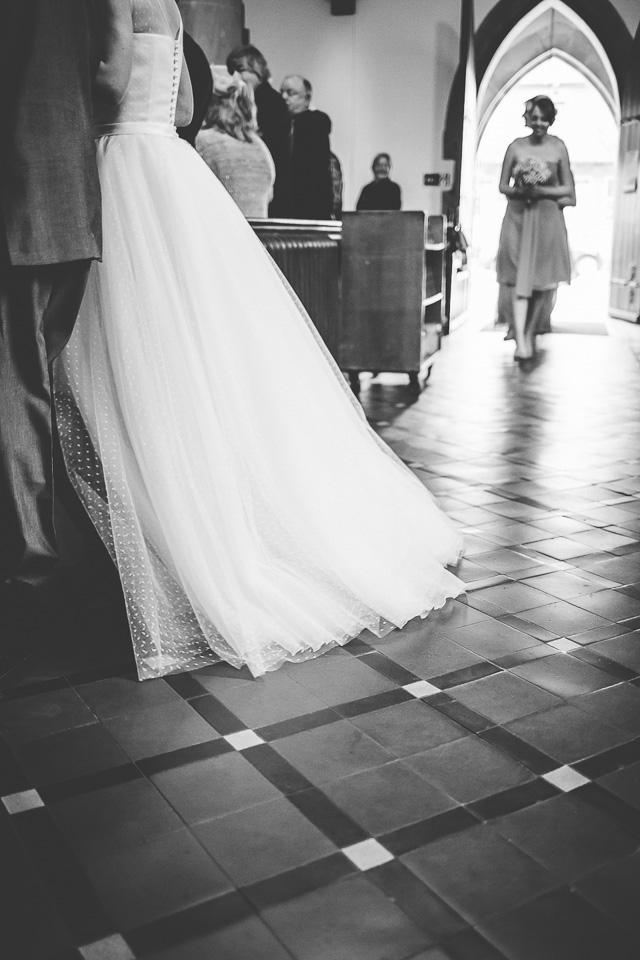 monkey-island-bray-wedding-photography-50.jpg
