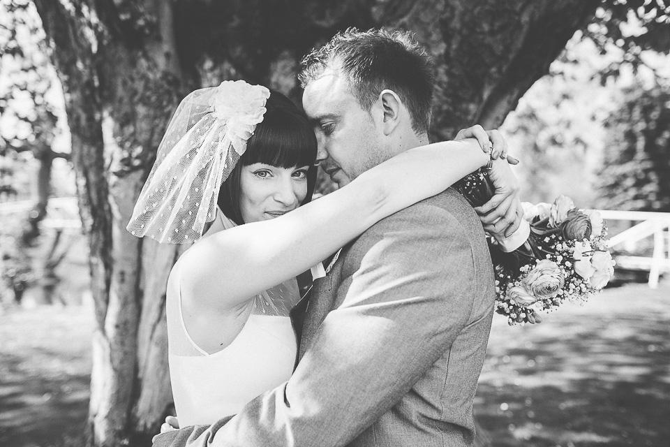 monkey-island-bray-wedding-photography-76.jpg