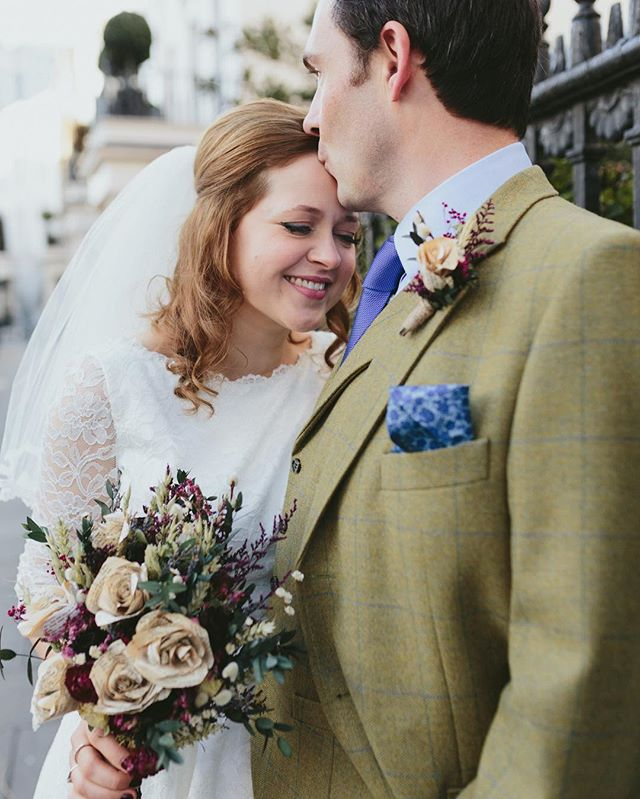 More from lovely Kathryn & Ben and their New Year's wedding celebrations 😍