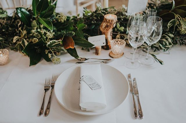 B.E.A.utiful floral wedding styling by @jayarcherblooms for Suzi & Woody's day back in October. Totally the type of thing we'd have if we did it all again 🌿 @millbridgecourt