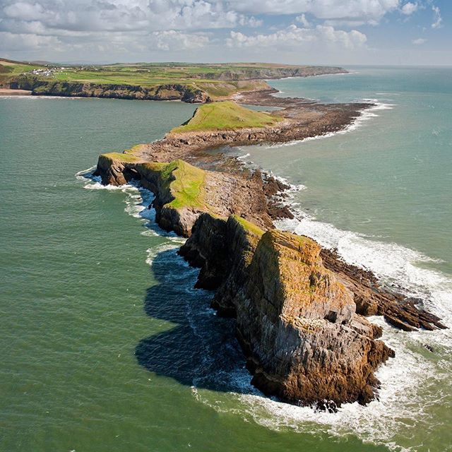 NEWS: we are excited to announce a new event in the Breca Swimrun calendar - Breca Gower.  Experience Wales' iconic Gower peninsula like never before. Race against the tide to swim onto the dragon-like Worm's Head promontory before exploring limestone cliffs, ancients woodlands, white sand beaches and secret bays. 40km of trail running on Gower's challenging coastal path and 6km of ocean swims will make Breca Gower a true swimrun test and an unforgettable experience.  Join us for the inaugural event on 19th August 2017. As the pioneer edition, we're offering a reduced price of £125 per person and limiting entries to just 50 teams of two.  Registration will open at 0900 GMT on Thursday 1st December.  #gower #breca #brecaswimrun #weswimrun #swimrun #wales #swansea #mumbles #gowerpeninsula