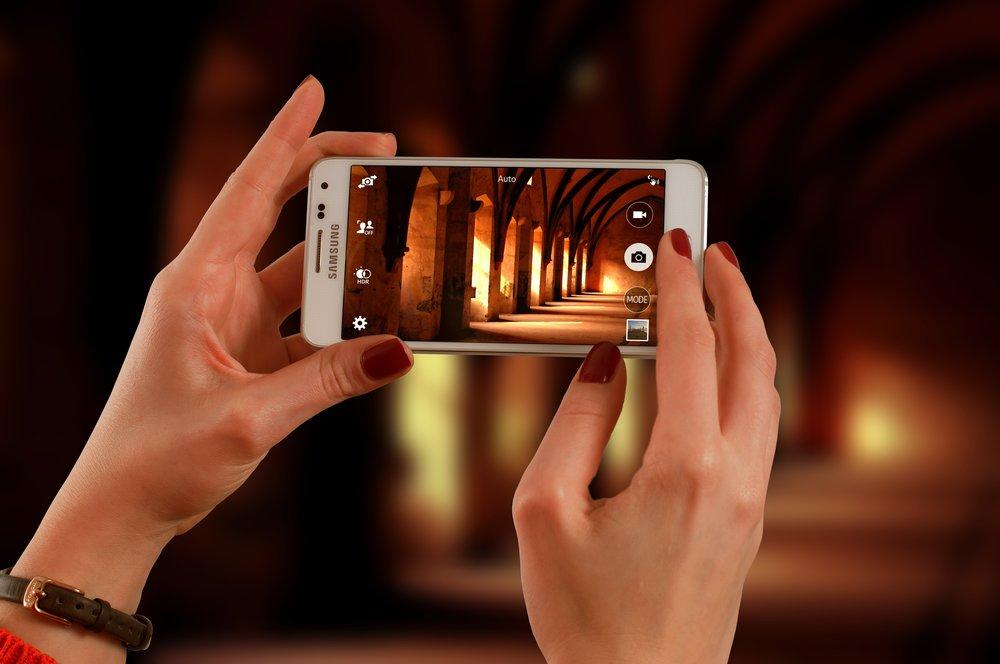 smartphone-623722 (1).jpg