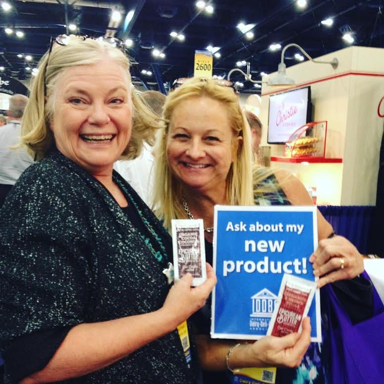 Janey from Epicurean Butter and Donna Berry from Daily Dose of Dairy at IDDBA.
