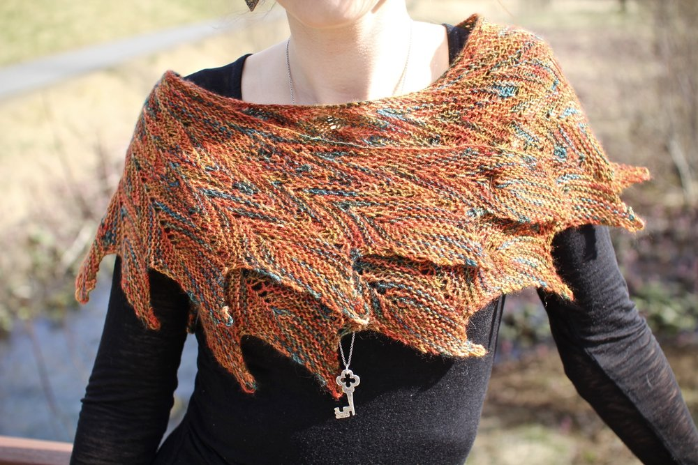 pincha shawl in the industrial dreams colorway by sinew & stone.