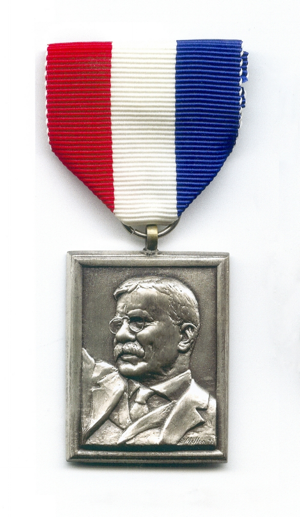 Theodore-Roosevelt-Association-Police-Award.jpg