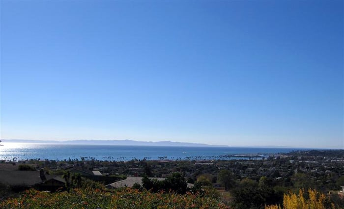 1633 Overlook Lane Santa Barbara, California   Unobstructed views.    Offered at  $2,300,000     SOLD