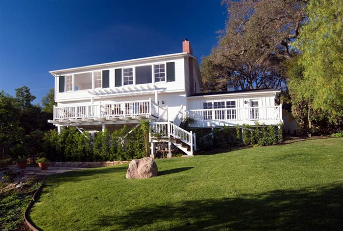 1507 Alameda Padre Sierra Santa Barbara, California   Great development potential.    Offered at  $1,995,000     SOLD