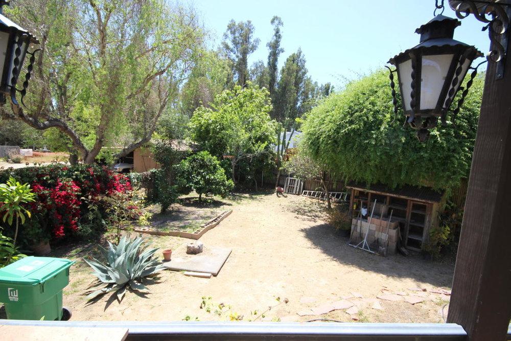 161_El_Sueno_Road_Backyard.jpg
