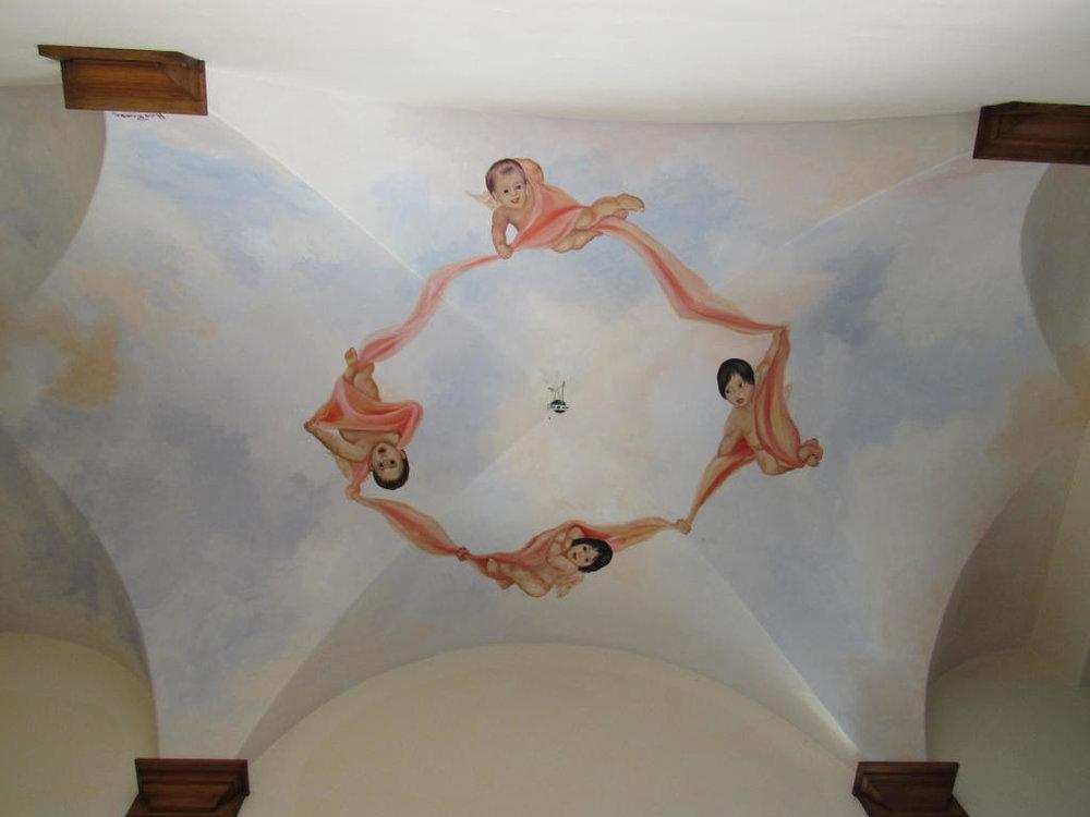 161_El_Sueno_Road_ceiling.jpg