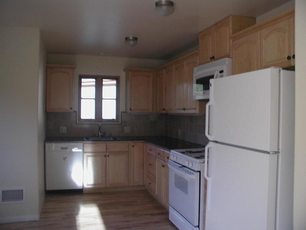 161_El_Sueno_Road_second_kitchen.jpg