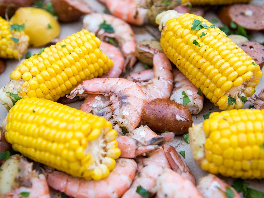 Deborah_Farnault_Food_Network_How-To-Win-Summer-Cooler-Shrimp-Boil-4x3-0218.jpg