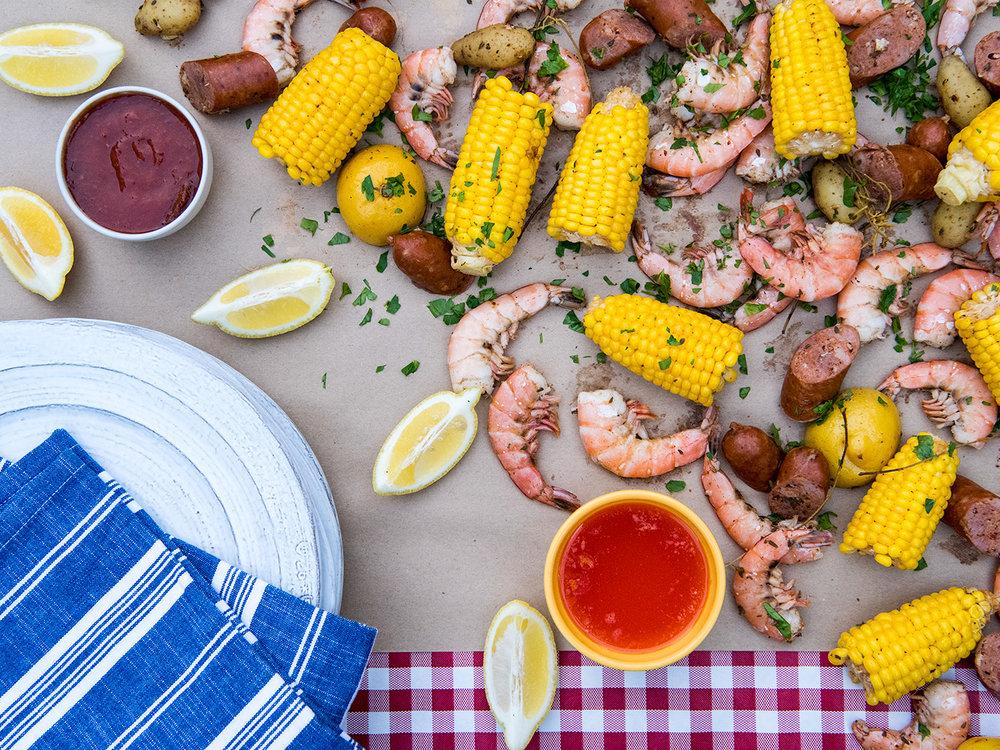 Deborah_Farnault_Food_Network_How-To-Win-Summer-Cooler-Shrimp-Boil-4x3-0205.jpg