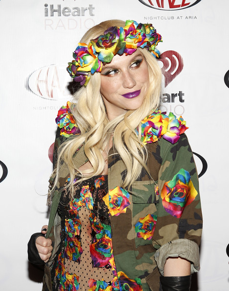 Kesha+iHeartRadio+Celebrates+CES+2013+Exclusive+tUlPMUmJcYNl.jpg