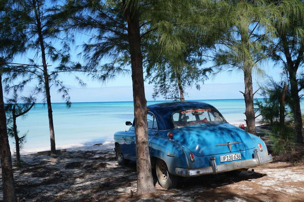 Cuban car, Caya Jutia