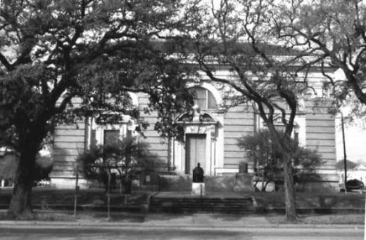 Rosenberg+Library2.jpg