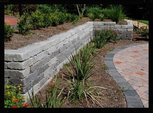 Tallahassee retaining wall