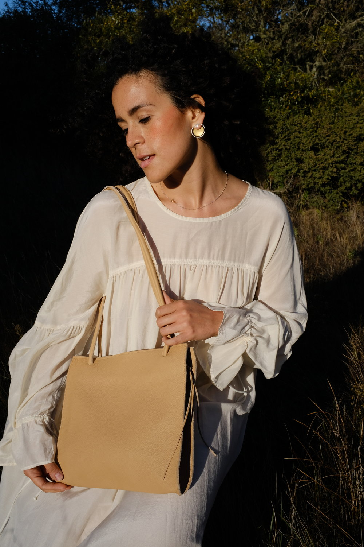 minimalist soft leather purse
