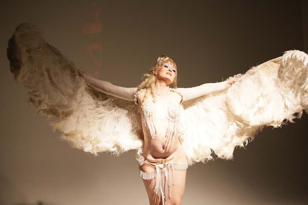 Ms. Tickle performs at the History of Burlesque: Lecture Cabaret, photo reproduced with permission by Jason Hall.