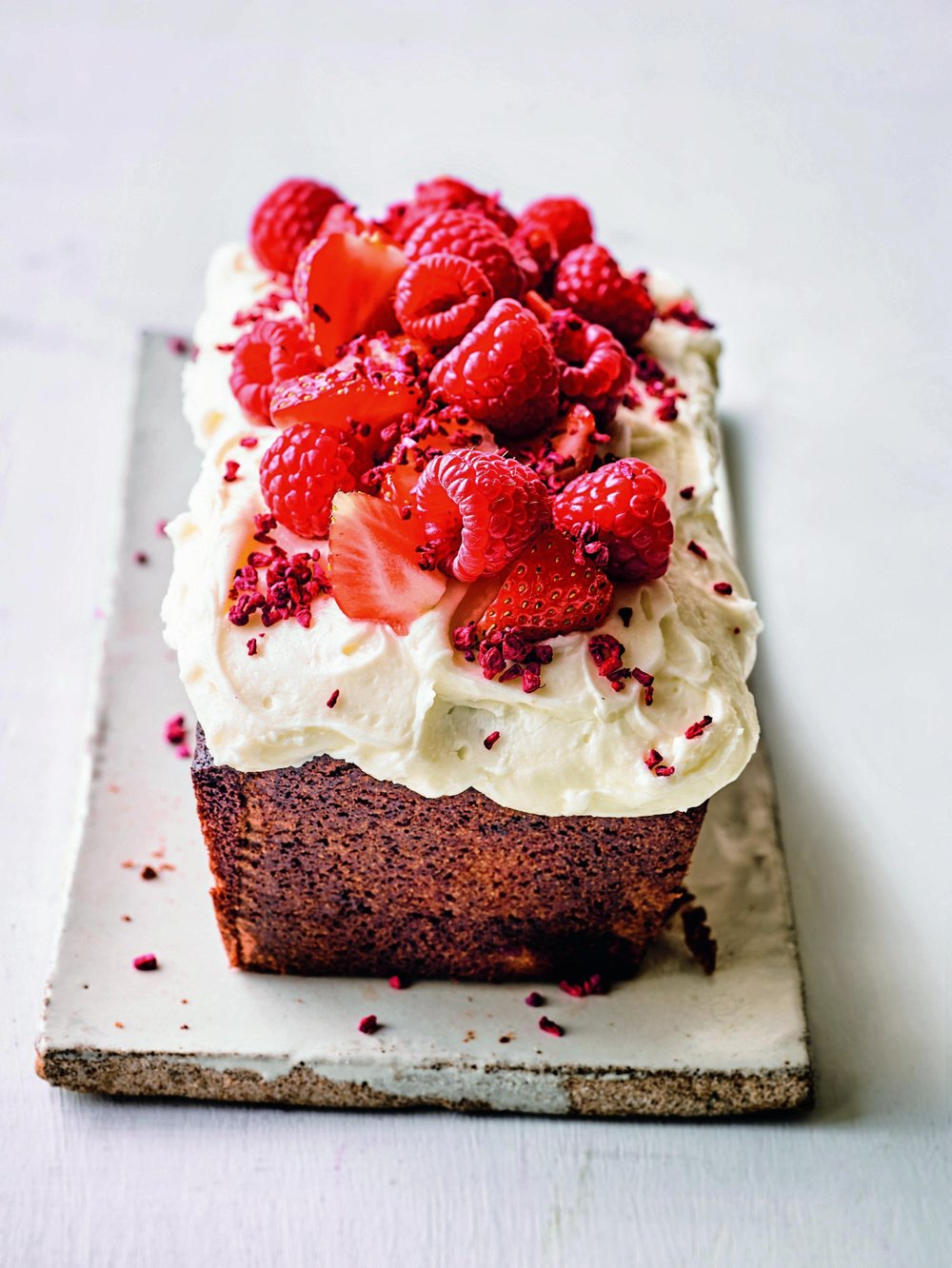 20170614_Waitrose Weekend_SR783_RT_PW_WK362_Martha Bakes_Yoghurt & Berry Loaf Cake_170994.jpg