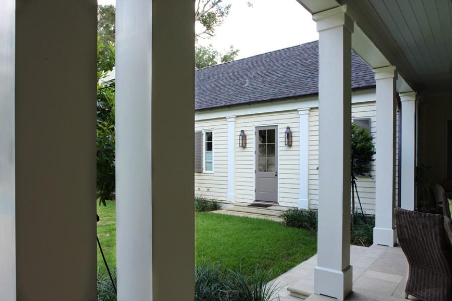 Hillwood House Banister